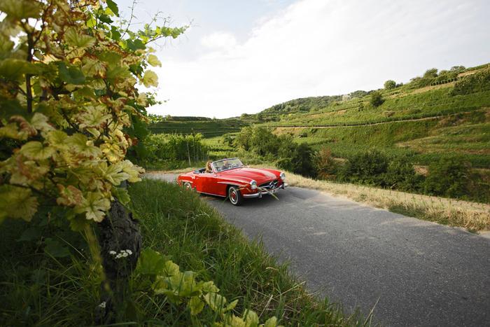 la route des vins d Alsace en voiture de collection