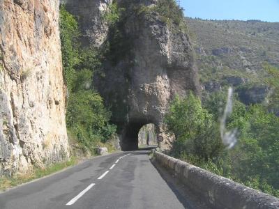 France : La route des gorges du Tarn, les vautours ne sont pas un mauvais présage